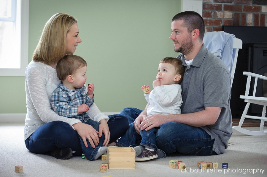 family portrait photography - with twin boys sitting on floor with toys