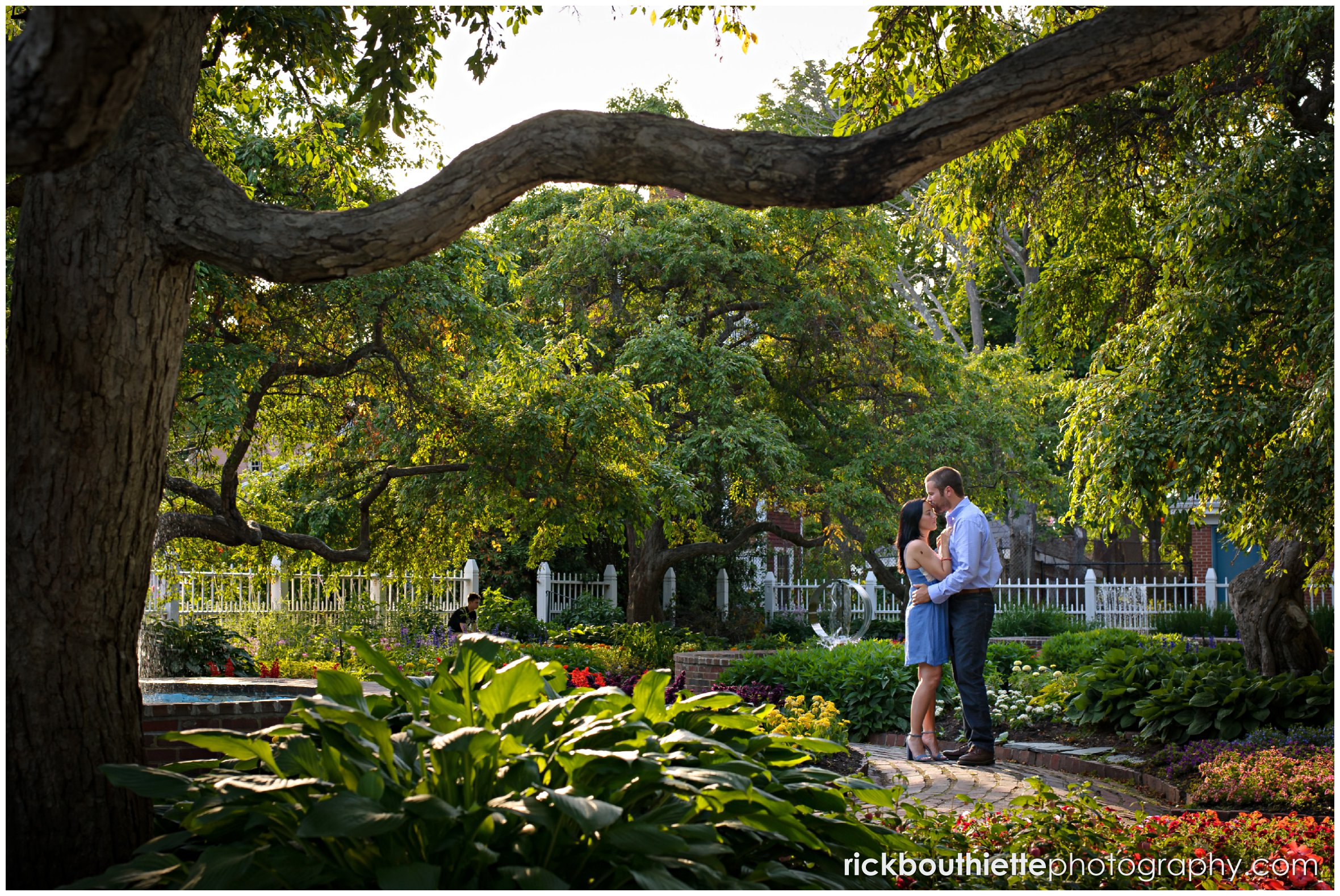 couple in Prescott Park during seacoast engagement session