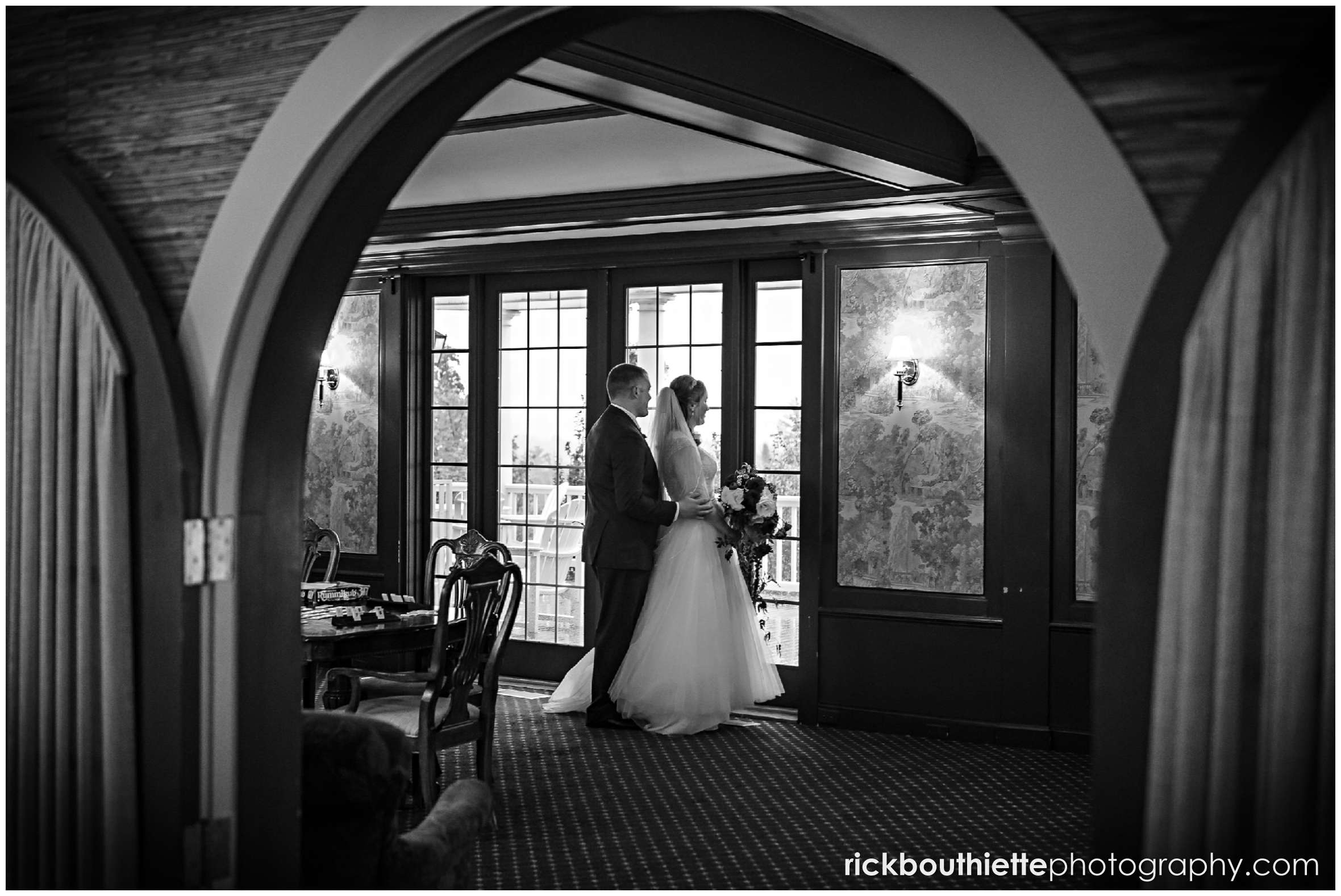 bride and groom in the library at mountain view grand resort wedding