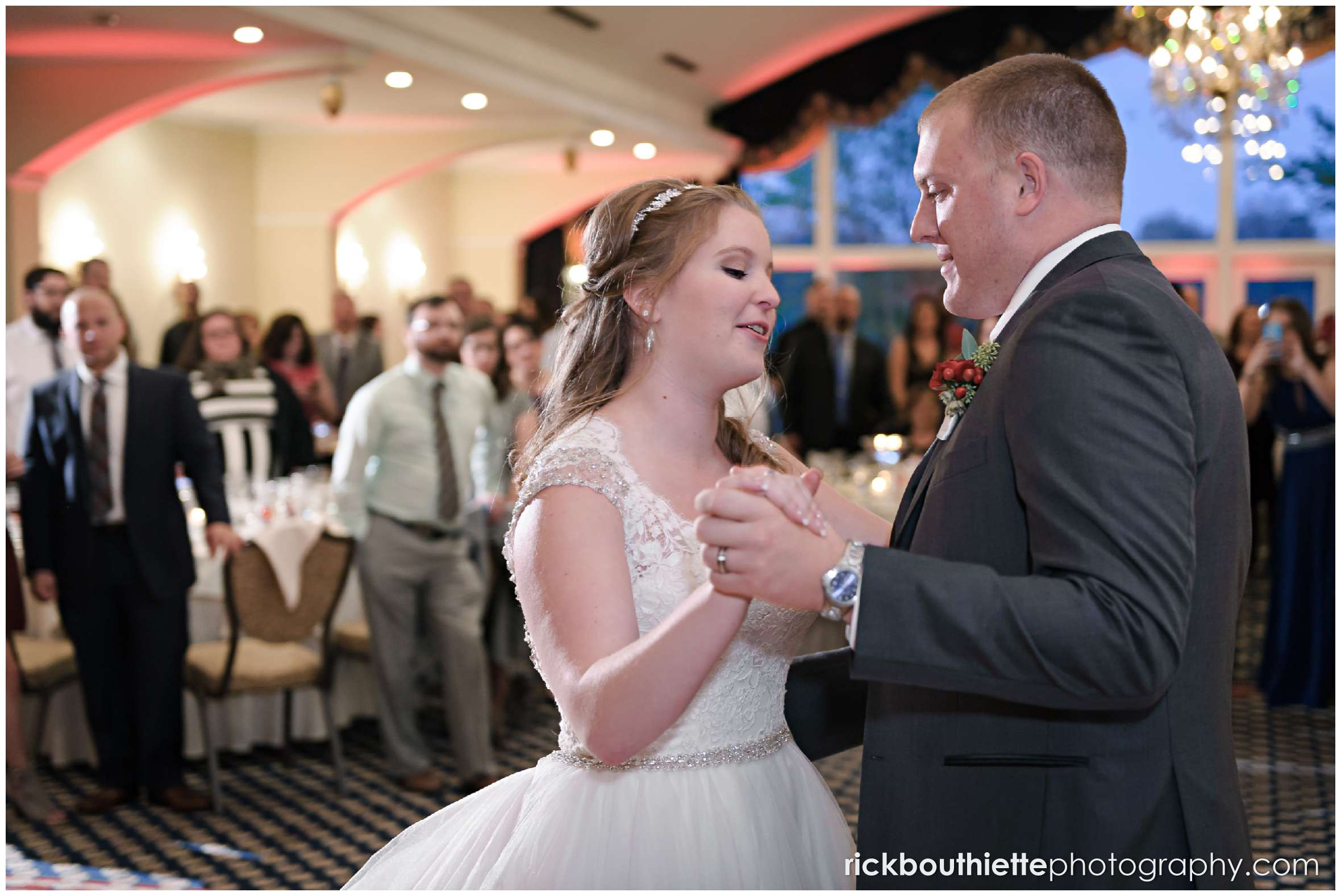 first dance at mountain view grand resort wedding