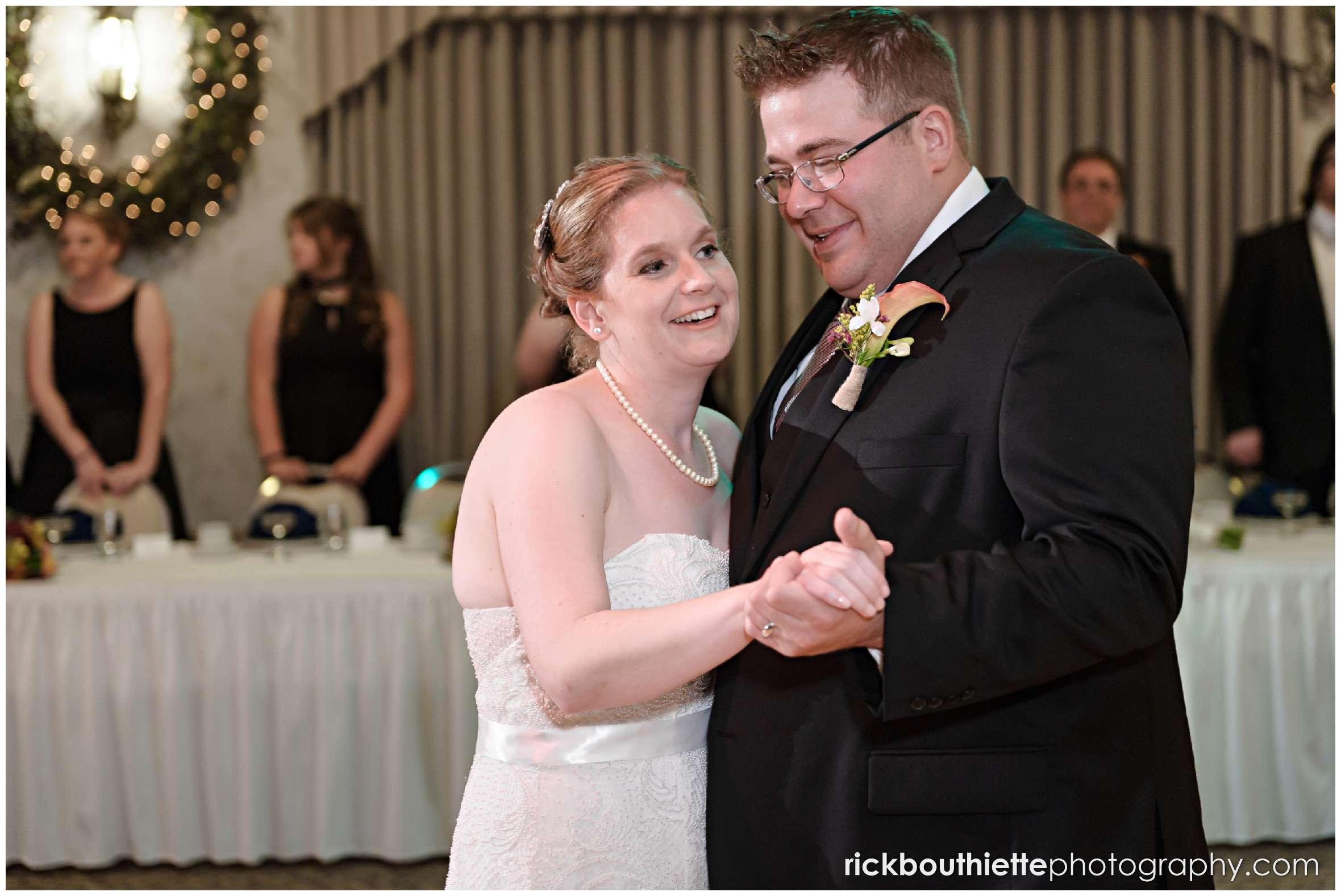 bride and groom first dance at Harris' Pelham Inn wedding
