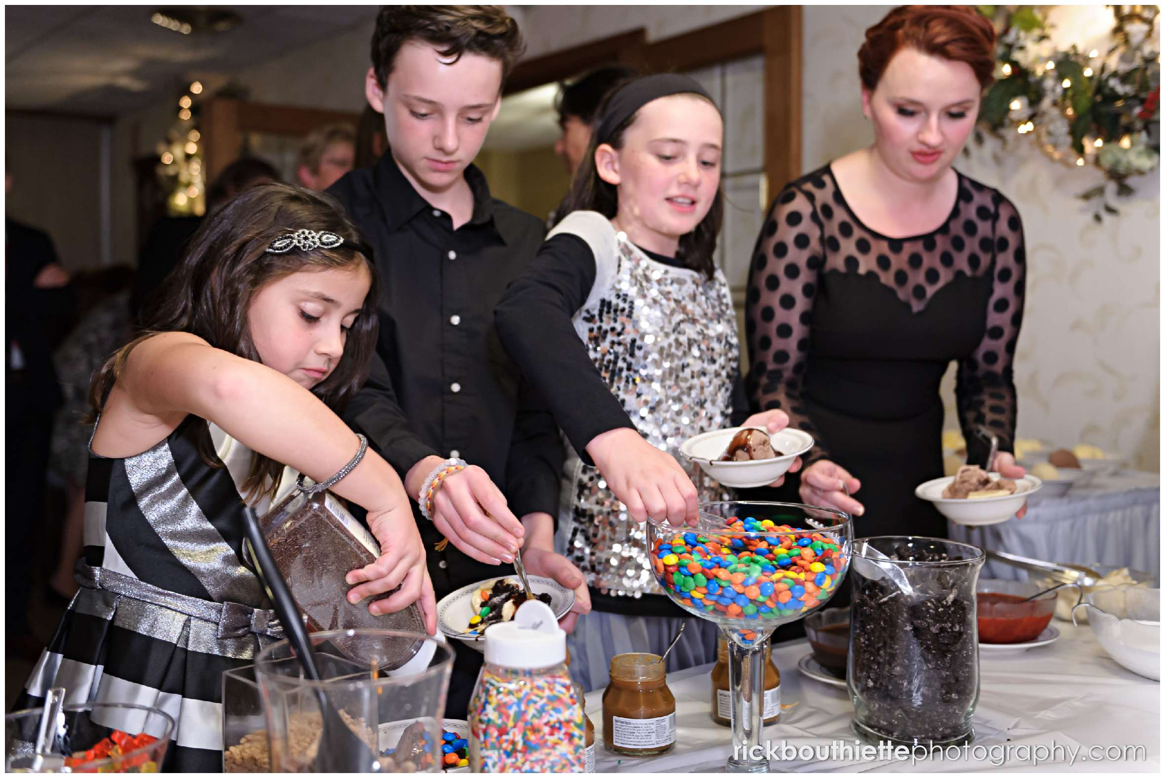 guests enjoy the ice cream bar at New Hampshire seacoast wedding