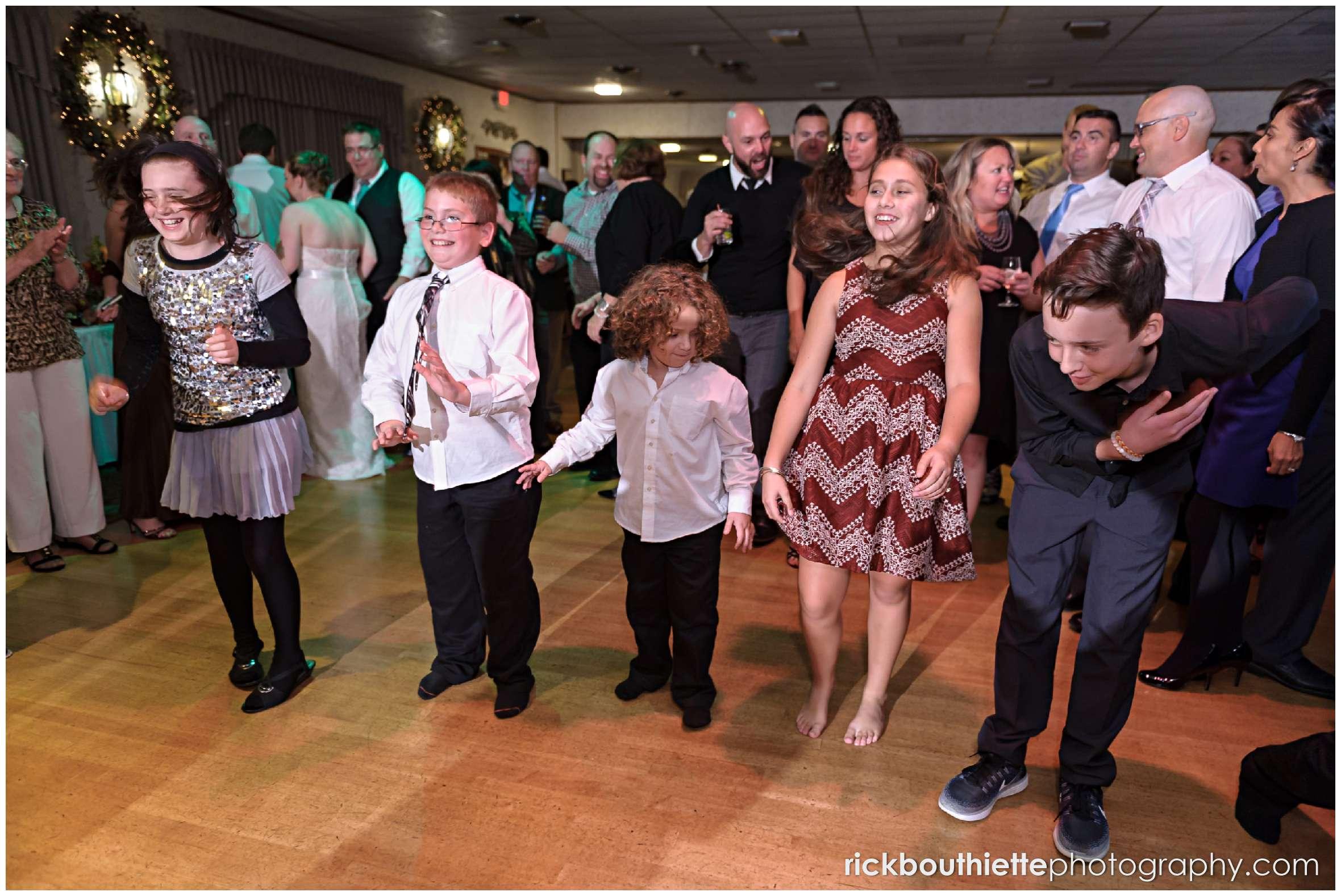 guests dancing at Harris' Pelham Inn wedding