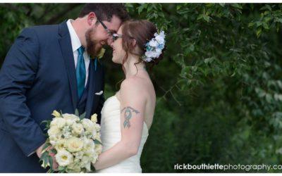 New Hampshire Backyard Summer Wedding :: Colin + Missy