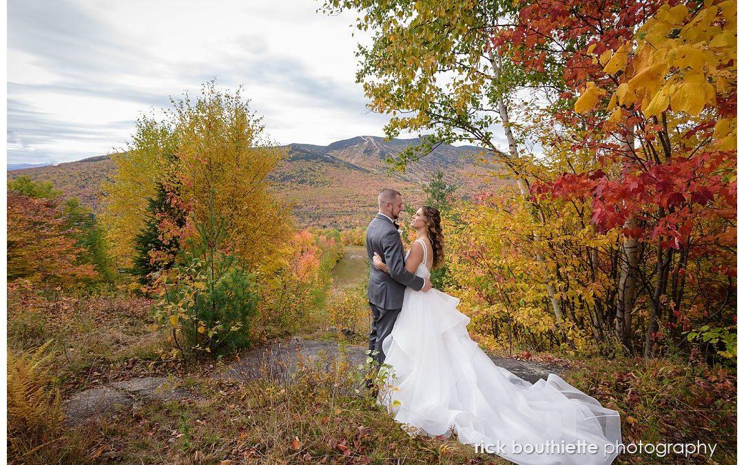 A Lovely Wedding During Peak Fall Foliage :: Alex & Amanda